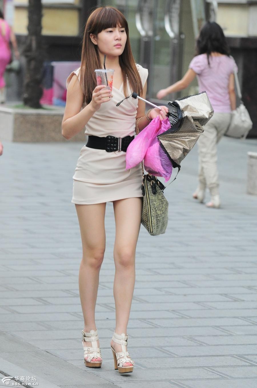 《西安夏季街美女美腿灾.非喜勿》