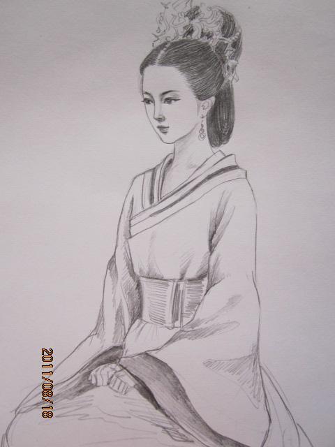 铅笔手绘黑白古装美女图片