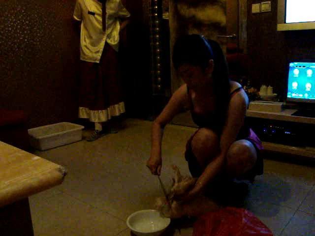 十五岁的女孩做鸡