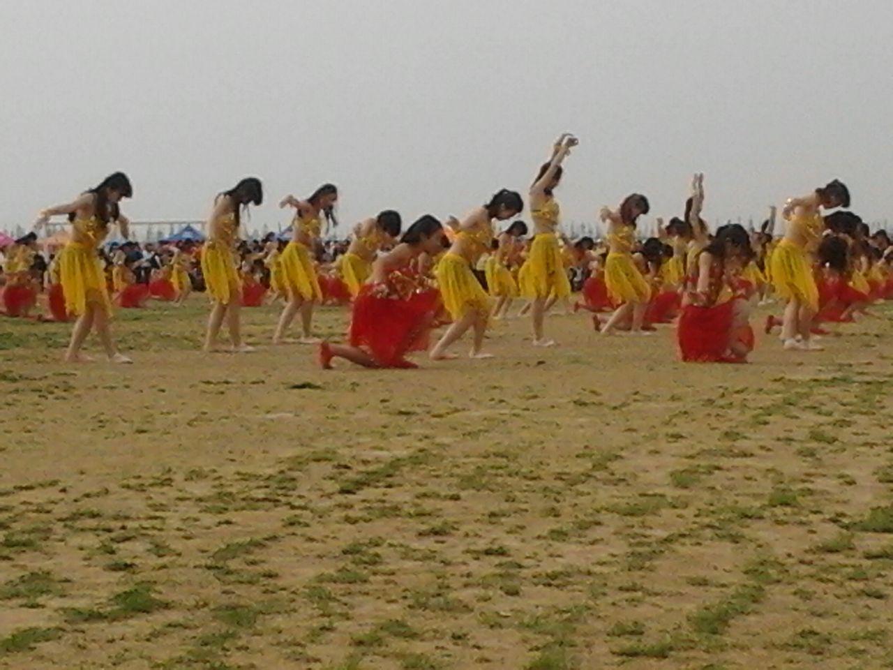 蒙古舞的开始的造型图片