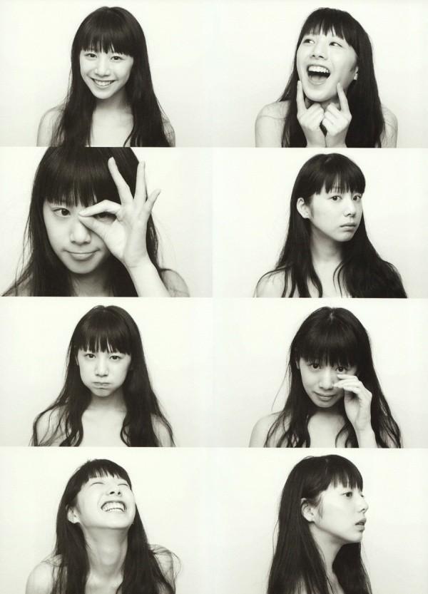 拍照的表情和动作分享展示图片
