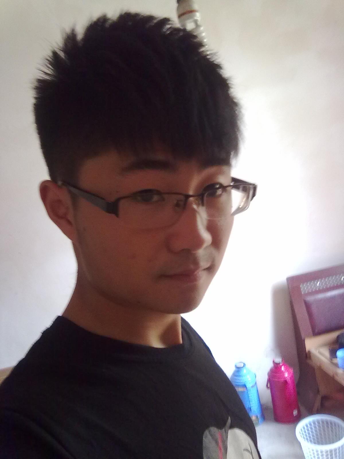 男生头型与发型 潮流烫发塑完美_发型设计图片