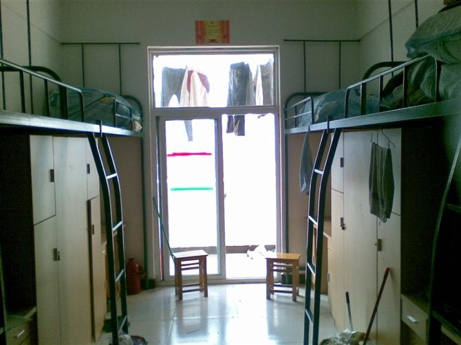 安徽科技学院的宿舍条件图片