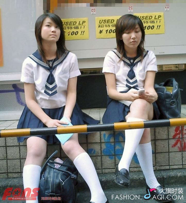 日本女生校服 柯南吧