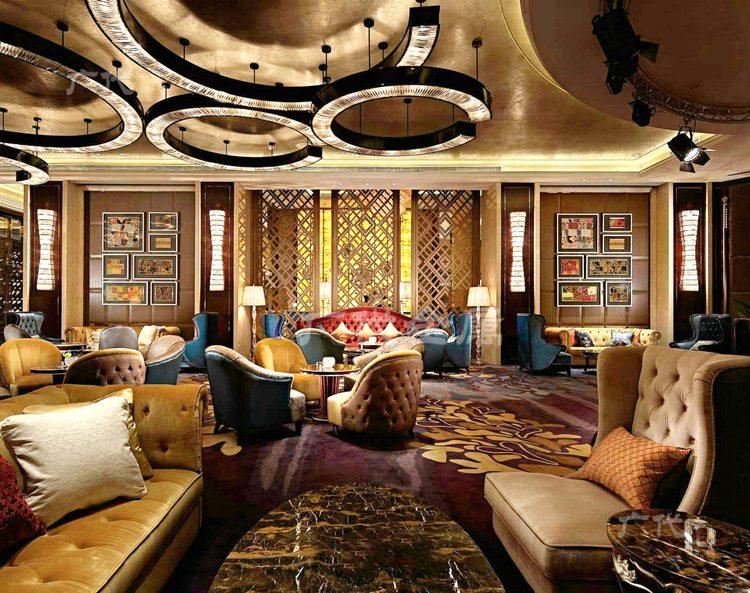 中式铝艺屏风:酒店大堂的不二之选