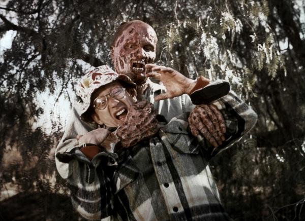恐怖电影被禁虫吃人