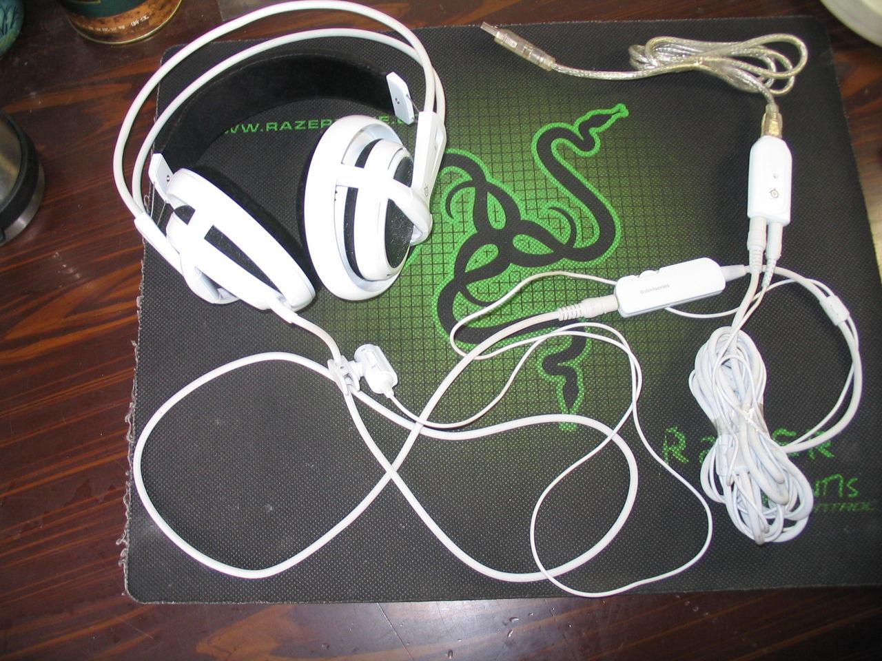 转让 cs cf神器 带声卡全套白色西伯利亚耳机 450元 高清图片