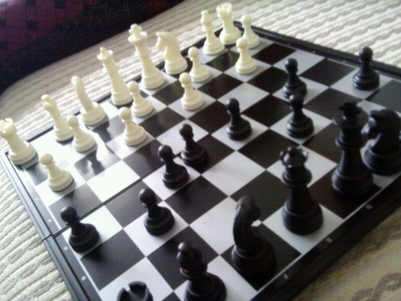 西洋棋到了哦也!_黑执事吧图片