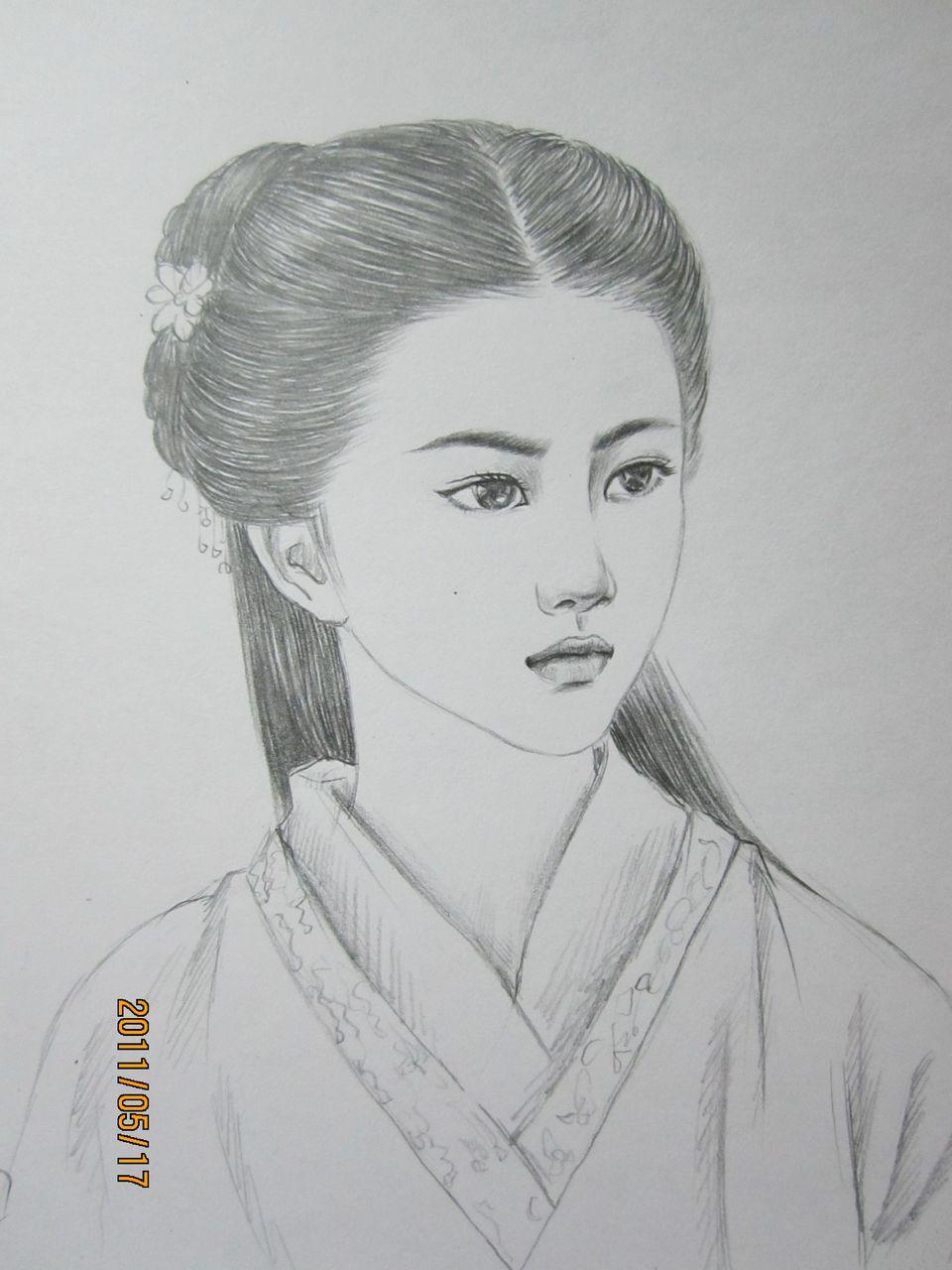 古装女子头发素描图片展示