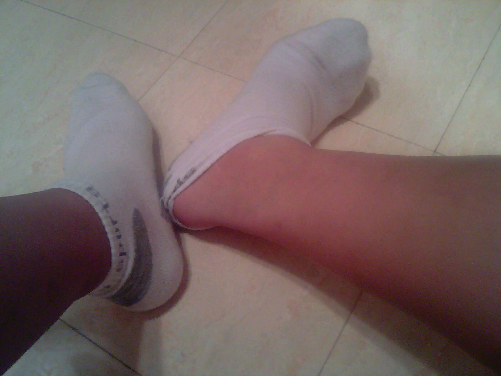 重口味…白袜勃起内裤