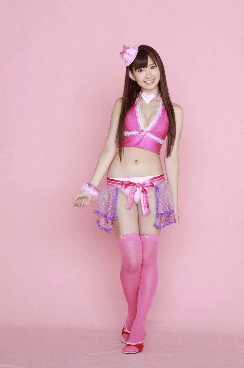 日本人气少女组合akb48写真