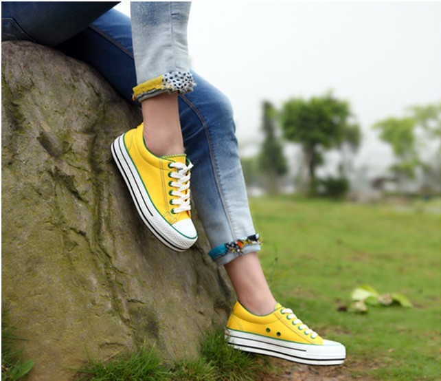 帆布鞋美女 图!