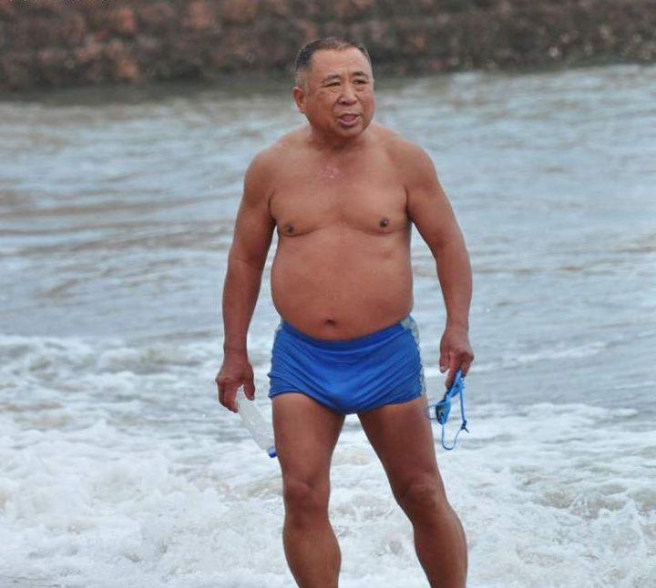 色老头人体艺_avmm人体艺术裸体美女香港e色图老太婆人体高清图片怎样找