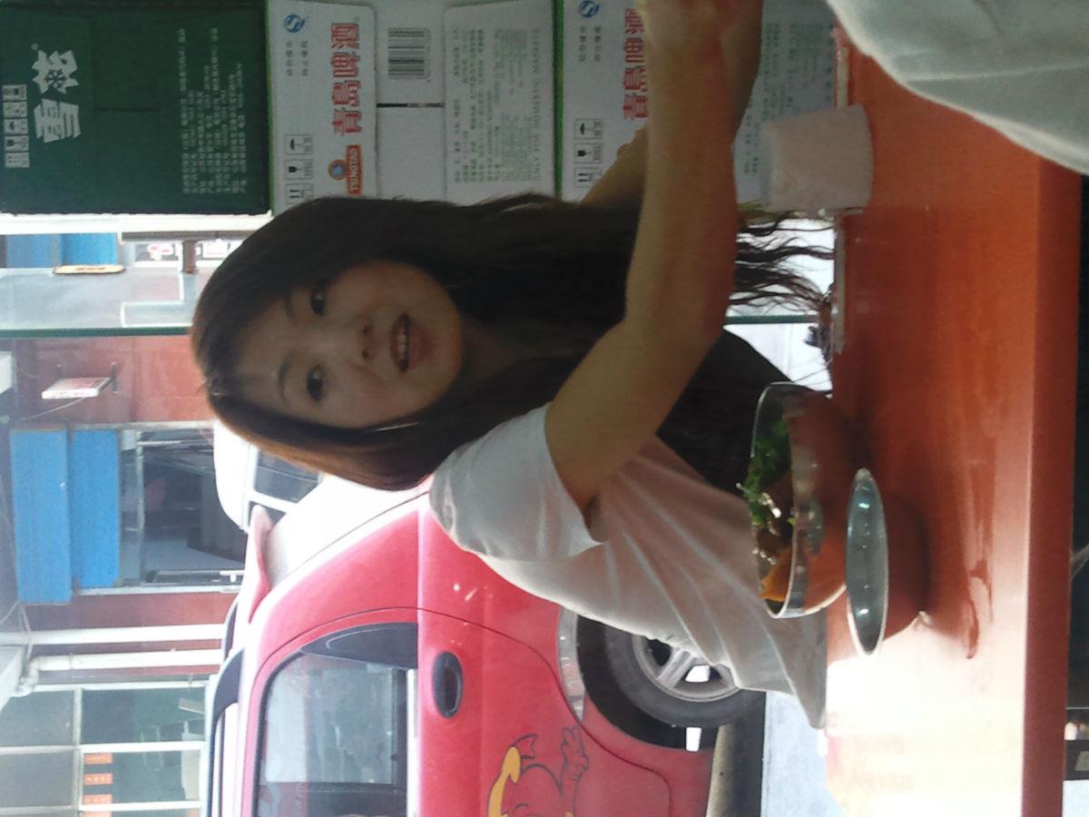 忻州人在乡宁县小餐馆偶遇的美女