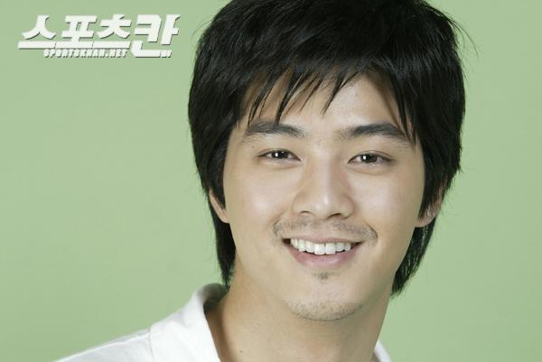 韩国帅歌手 - 景军 - 制服与皮革天地
