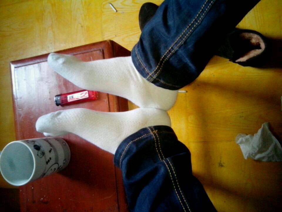 警察玩白袜子帅哥图片