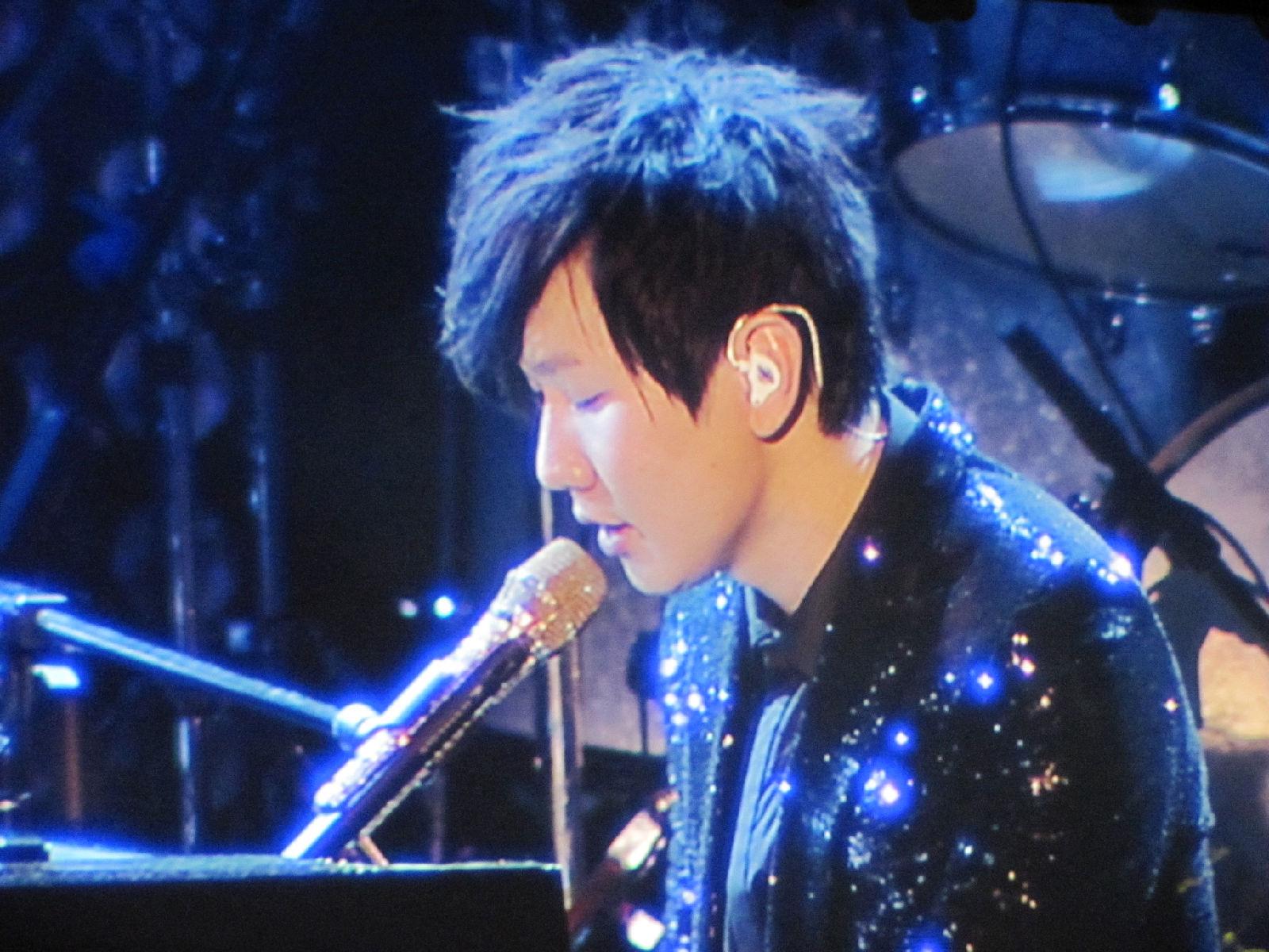 【学不会】林俊杰演唱会各种帅图【高清无水印】图片