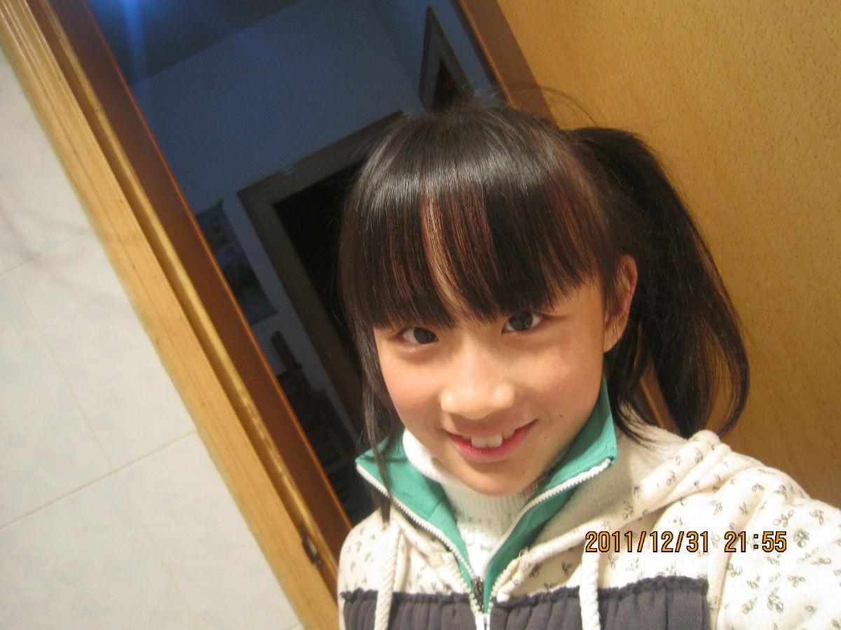 女生十二岁胸部图片