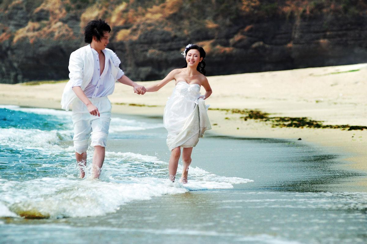 【广州钟爱一生 婚纱摄影 】秀下我们的结婚照