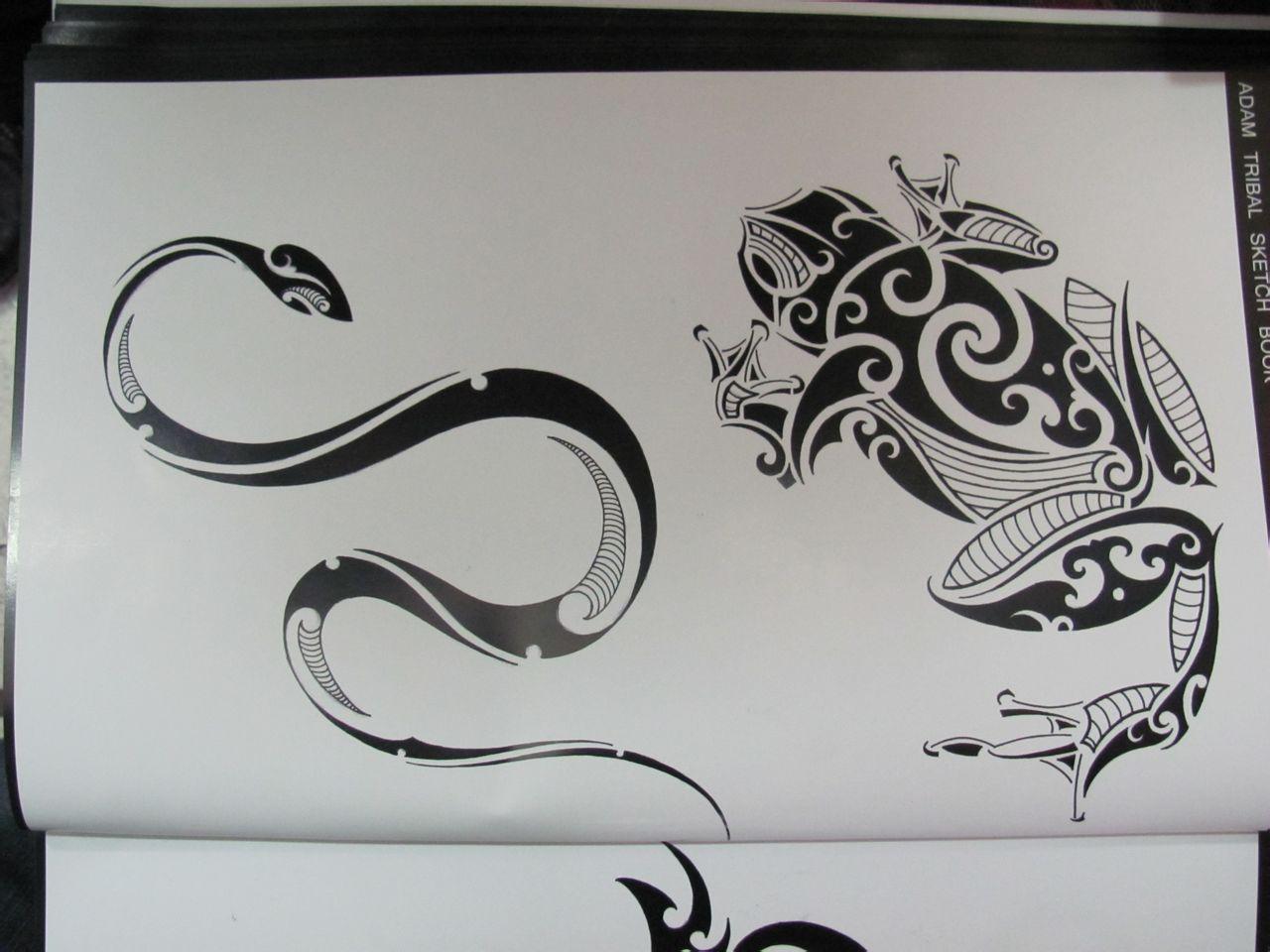 金蟾鲤鱼莲花龙纹身图片