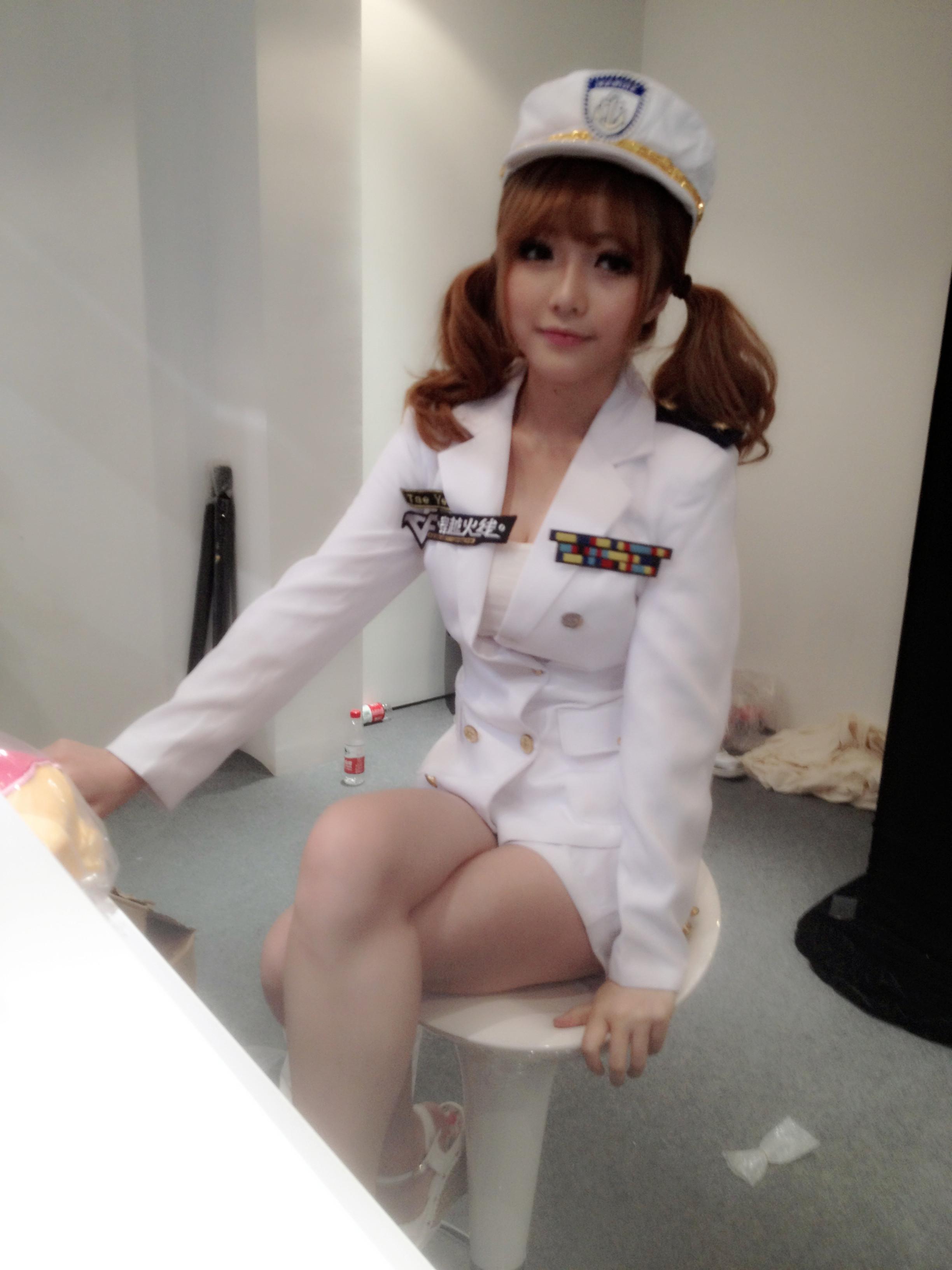 2013cj展孙亦文 cf战场模式美女教官