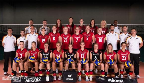 高清 2013世界女排大奖赛 德国全家福及队员图 中国女排高清图片