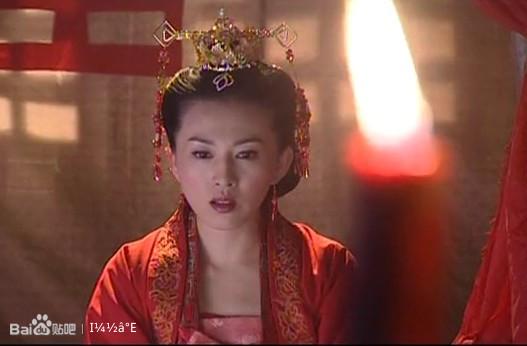 梅——杜敏赫饰