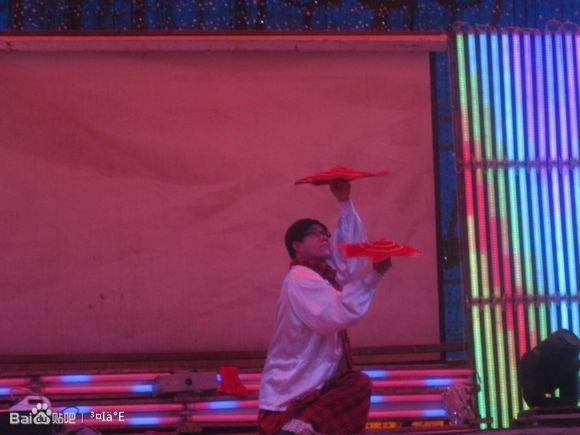 农村唢呐歌舞团 农村歌舞团列 河南农村歌舞团演 农村歌舞团5个女的