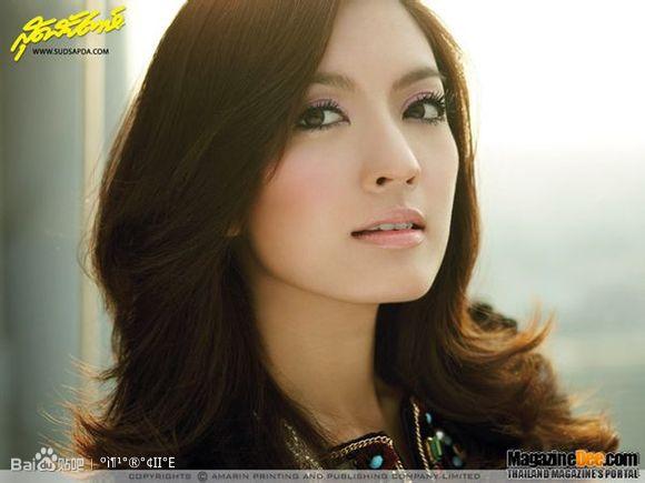 点泰国美女明星