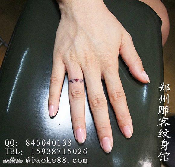 手臂纹身 女纹身图案大全图片 欧美指环纹身高清图片