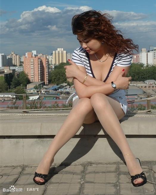 【熟女】超喜跟鞋丝袜的重熟富
