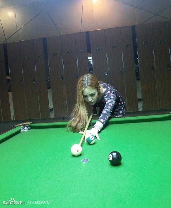 这个打桌球的美女叫什么名字呢?