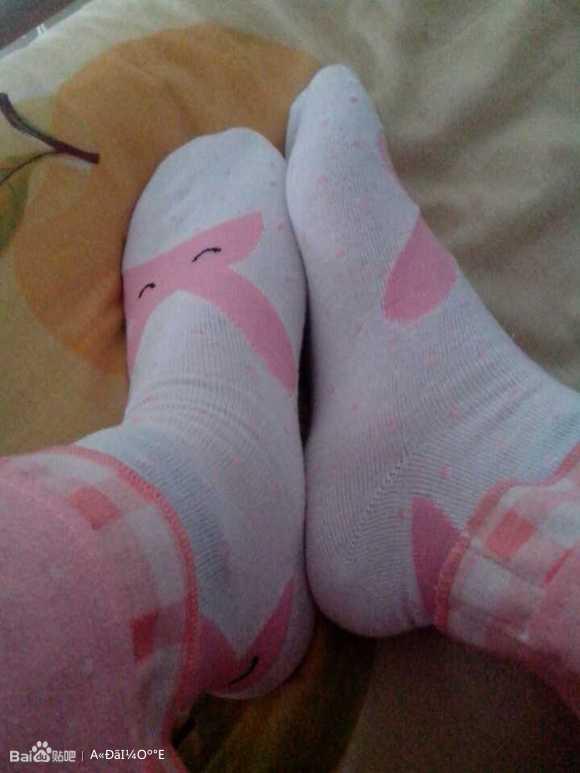 美女的可爱白袜子