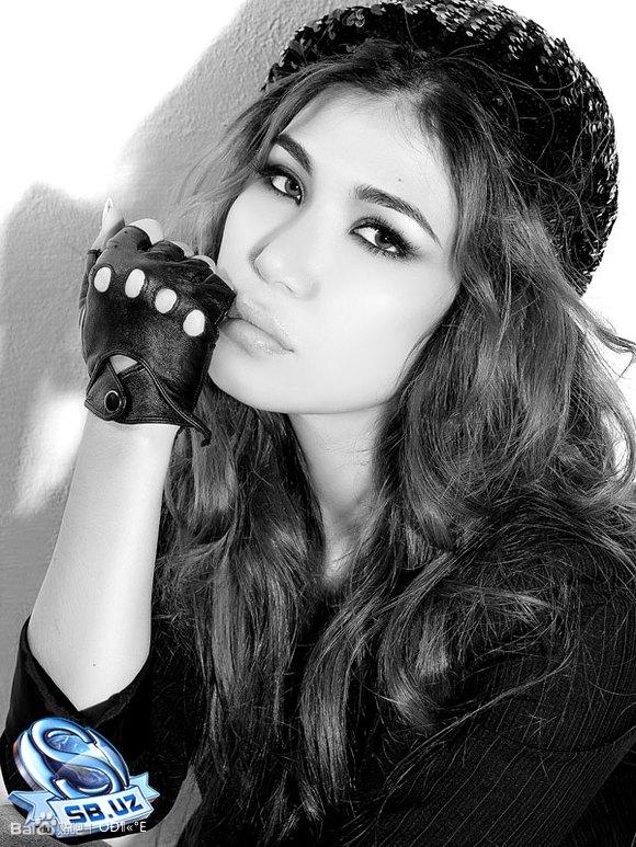 中亚乌兹别克族美女
