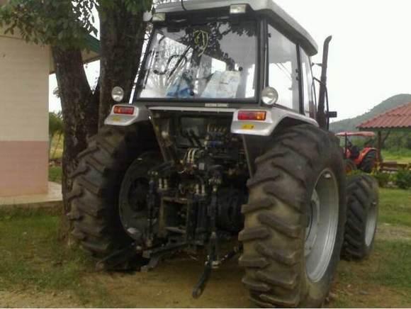 出售福田雷沃大型拖拉机 老挝商业吧 百度贴吧 高清图片