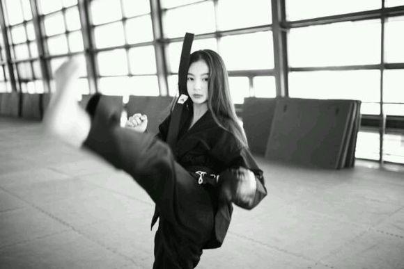 跆拳道女孩 跆拳道吧