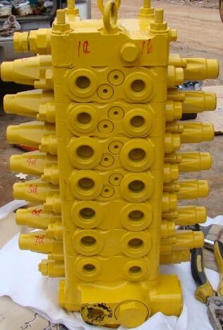 小松60-7分配阀图片
