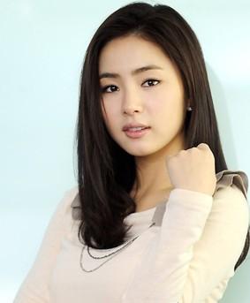 【韩国美女】韩国人气小明星申世京图片