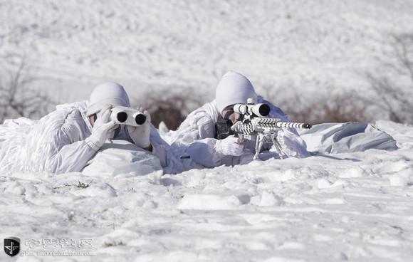 特种部队长途奔袭 神似雪域幽灵 八一军旗吧 百度贴吧