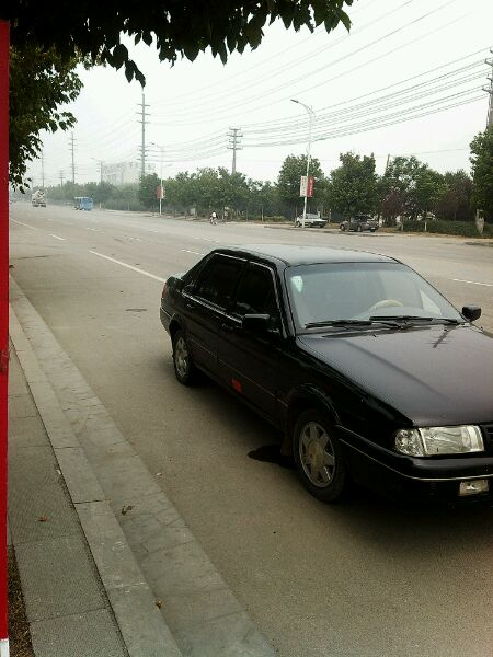 桑塔纳2000 没有大事故 全部原车胶 空调好 冻人 96年挂牌 高清图片