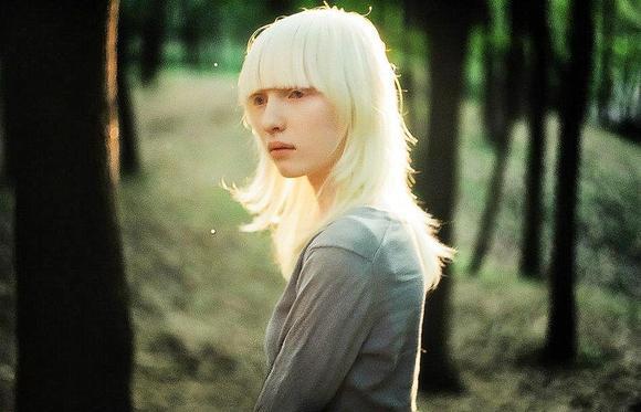俄罗斯模特nastya 美丽的白化女孩