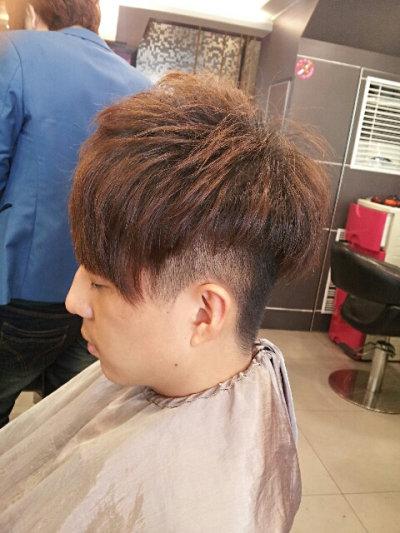 男士发型两边剃光 男士发型两边图片