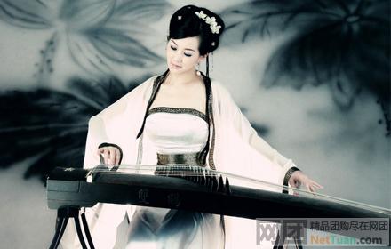 个人认为弹古琴 古筝无论是粉雕玉琢的美女