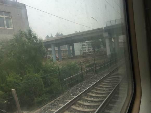 西宁城区铁道两侧 山水子吧 百度贴吧 高清图片