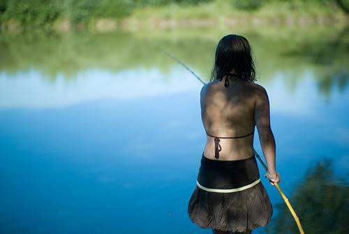 【图片】美女钓鱼照