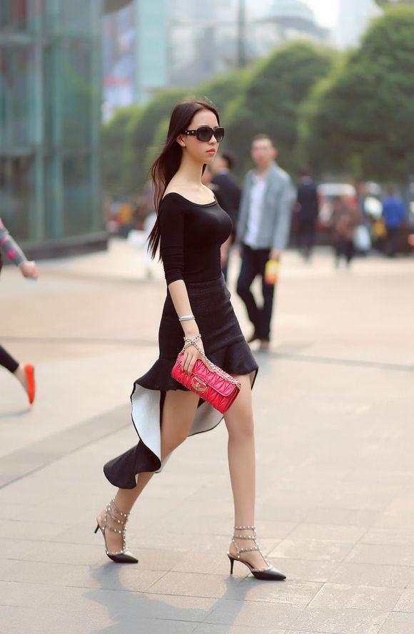 夏日街拍的我大重庆美女二楼上图