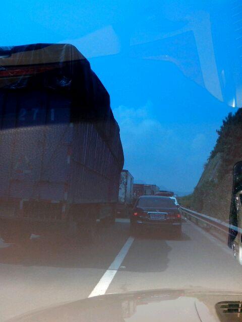 沈海高速下白石段四车追尾,堵车严重 福安吧 百度贴吧 高清图片