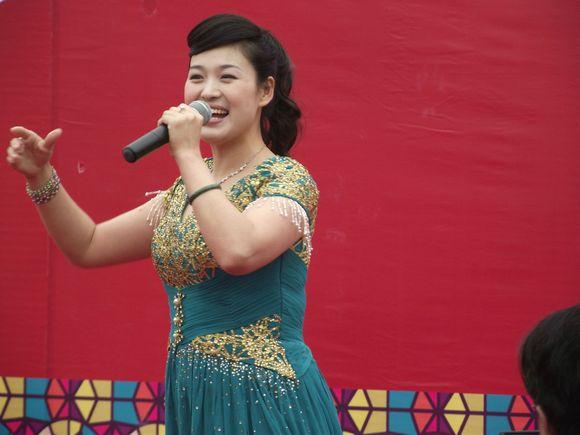 台湾第一大美女萧蔷在我身边全图!