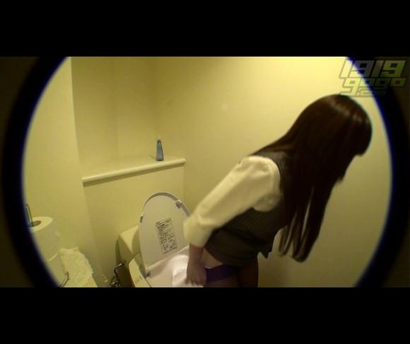 偷拍美少女如厕 木有码字哦