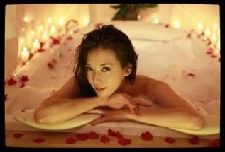 【娱乐】女星出浴照 谁才是真正的美女?